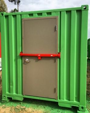 steel-door-lock-bar-storage-container
